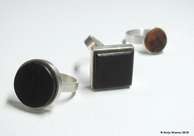 Ringe, Ebenholz, Wurzelholz, 925/000 Silber